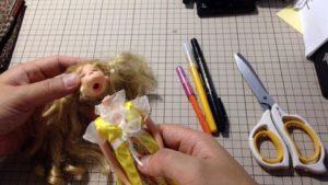 首が折れたリカちゃん人形